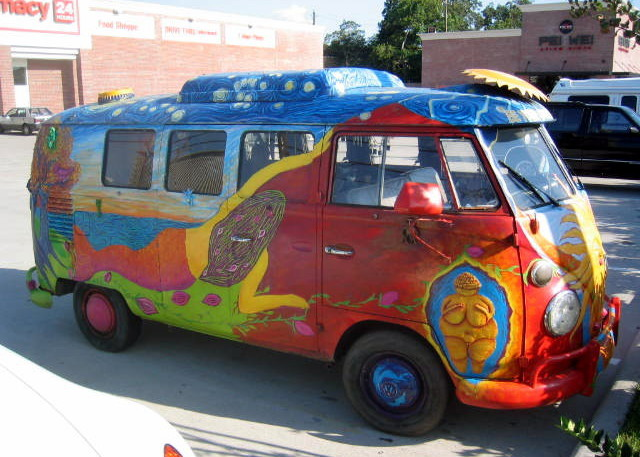 photo of a psychedelic Volkswagen bus from 1967